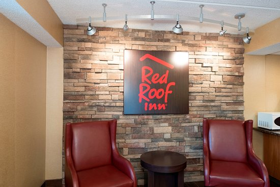 The Centre of Tallahassee is within 2 miles (3 km) of Red Roof Inn Tallahassee-University while other popular attractions such as Florida Governor's Mansion are within 3 miles (5 km). This room motel welcomes guests with conveniences like free in-room WiFi, free /5(84).