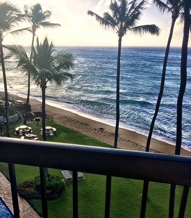 Hale Mahina Beach Resort: photo2.jpg