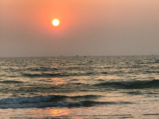 Cansaulim Beach: Just before sunset.