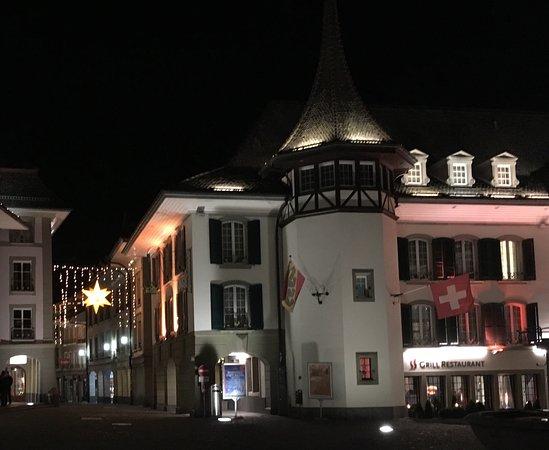 Krone Hotel-Restaurant: Hotel,Krone bei Nacht