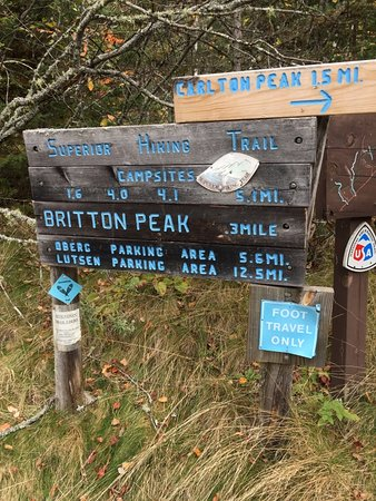 Two Harbors, MN: Well Marked Trail Signs