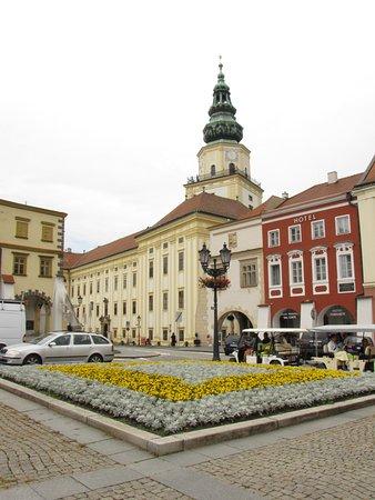 Moravia, Czech Republic: první pohled na Arcibiskupský Zámek