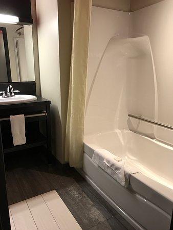 Grand Times Hotel Sherbrooke: photo3.jpg