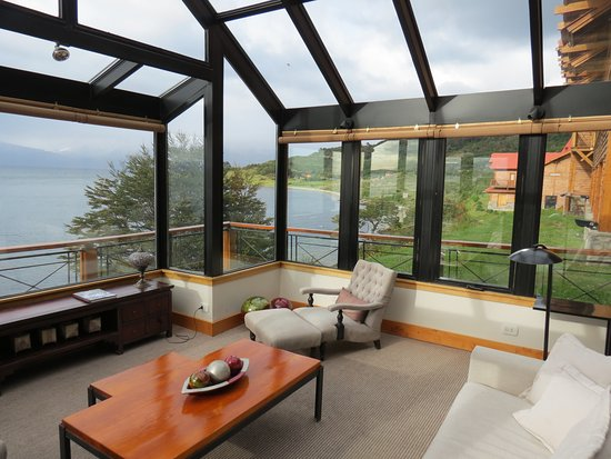 Los Cauquenes Resort & Spa: Conservatory near lobby
