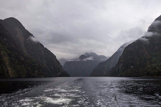 Manapouri, Nova Zelândia: Scenary