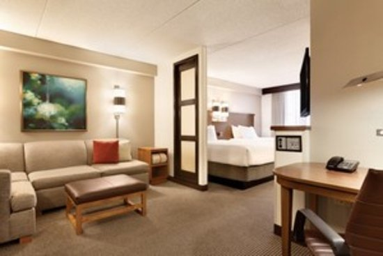 Hendersonville, TN: Newly Renovated Guestrooms!!