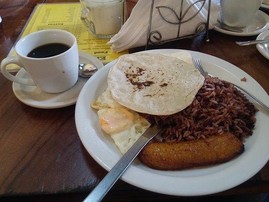 El Desayunazo: 20161206_103203_large.jpg