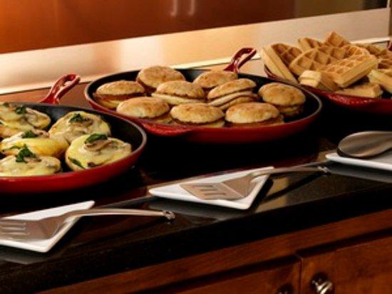 Hendersonville, TN: Complimentary Breakfast