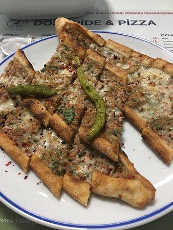 Dost Pide Pizza Bild Von Dost Pide Pizza Cesme Tripadvisor