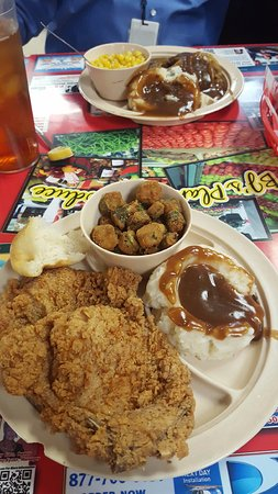 North Little Rock, AR: Fried Pork Chops and Hamburger Steak with Onions and Gravy
