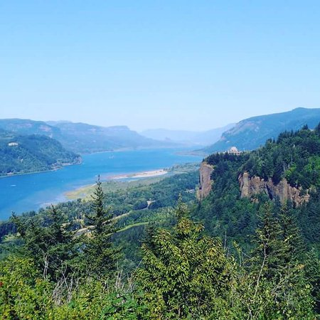 Troutdale, Орегон: Portland Women's Forum State Scenic Viewpoint