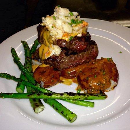 Bigfork, MT: Steak Oskar