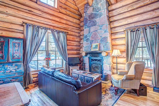 Tabernash, CO: 1 Bedroom Cabin - Living Area