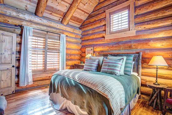 Tabernash, CO: 2 Bedroom Cabin - Bedroom