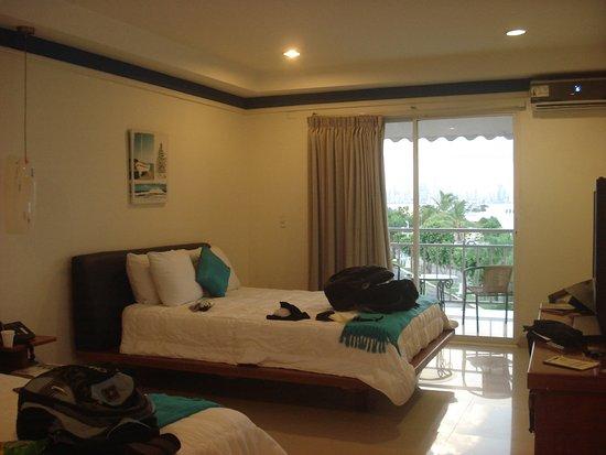 Amador Ocean View Hotel & Suites: La habitación