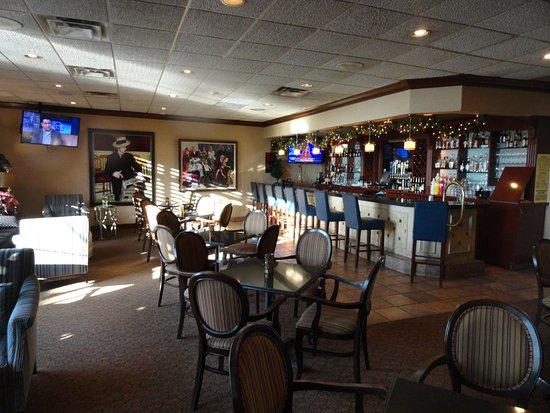 Canandaigua, NY: Hotel Bar and Restaurant