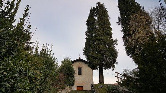 Mandello del Lario, Italia: Chiesa della Madonna di Debbio