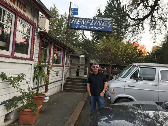 Ben Lomond, Californie : Henflings Tavern