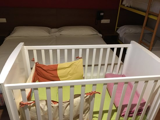 Candanchu, Spania: Baby cot