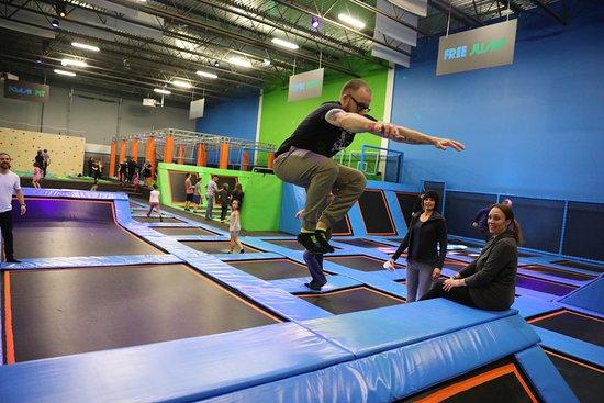 Sherwood Park, Канада: Jump Park Trampoline