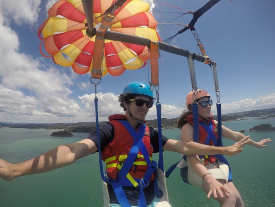 Paihia, New Zealand: Soar high at 1200ft of towline