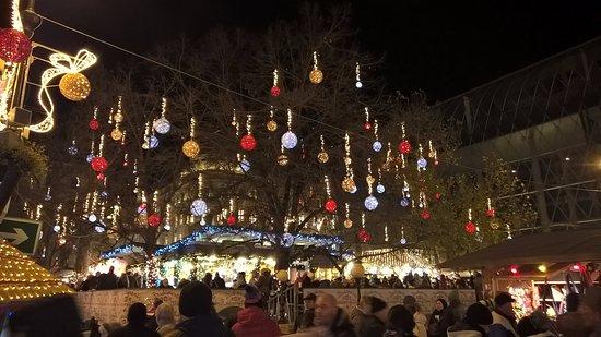 Vorosmarty Square Budapest Christmas Market.Christmas Market Vorosmarty Ter Picture Of Cosmo City