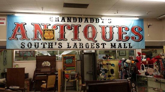 Burlington, Kuzey Carolina: Great place to spend a couple hours !