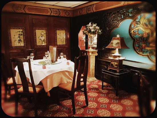 Yeung Sing Restaurant: Hope this will bring you back to Shanghai 1920's