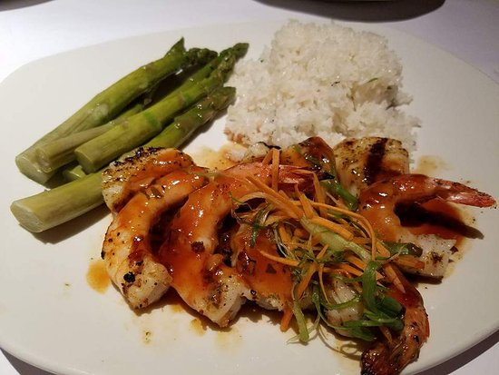 Towson, MD: Scallops and Shrimp with Thai Sauce, Jasmine Rice and Asparagus