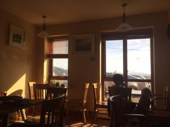 Dooagh, ไอร์แลนด์: チップス窓際の席がオススメ
