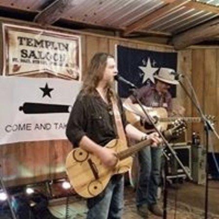 Gonzales, TX: Walt Wilkins & The Mystiqueros