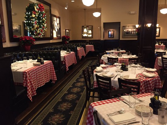 Maggiano's Little Italy : photo1.jpg