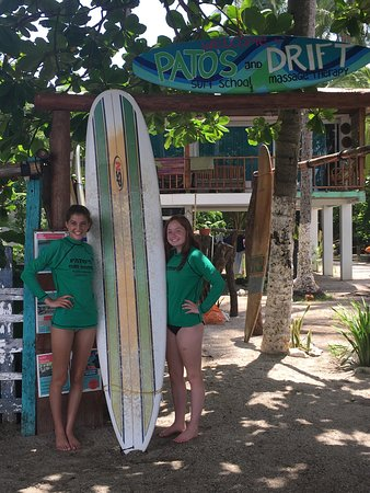 Pato's Surf School: Excellent surf instructors for all ages and abilities! Kate and staff went out of their way to m