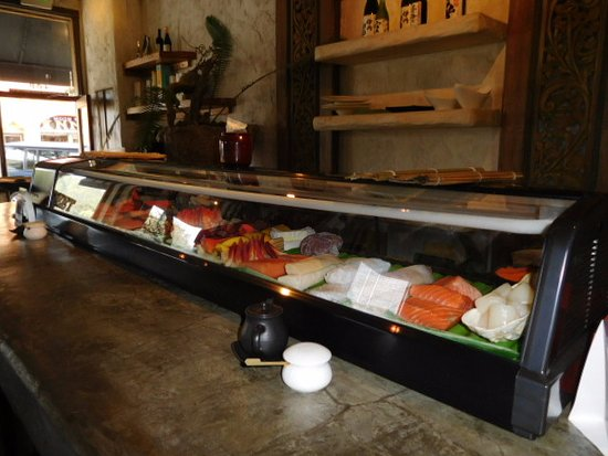 Sushi Main Strret Sake Bar: sushi bar