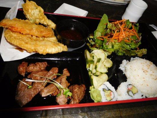 Sushi Main Strret Sake Bar: the lunch special, loved that tempura!