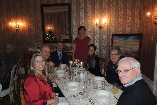 Woodstock, Canadá: Hosting Christmas Parties