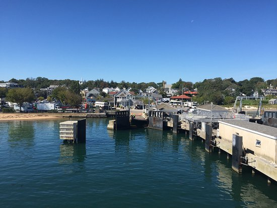 Woods Hole, MA: Vineyard Haven dock
