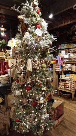 Cracker Barrel Christmas.Decorated For Christmas Picture Of Cracker Barrel