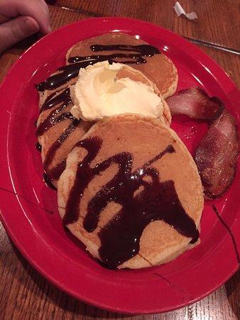West Saint Paul, MN: pancakes with chocolate