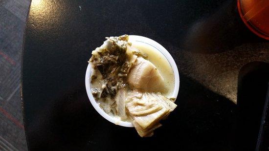 Cafe Moxo: Pot pie,cookie,sample soup
