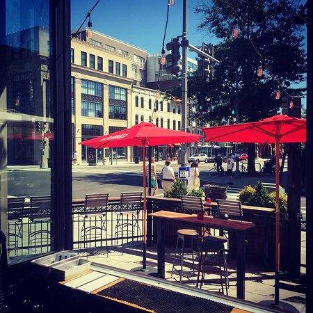 Photo of American Restaurant Red Light at 1401 R St Nw, Washington DC, DC 20009, United States