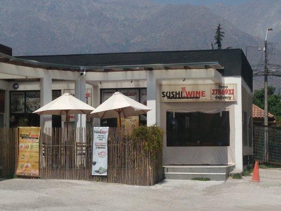 Santiago Metropolitan Region, Chile: Sushi Wine