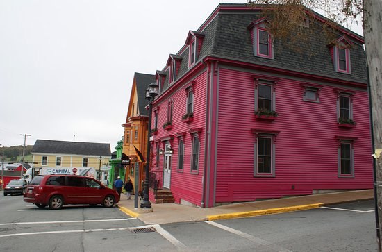 Colourful House in Lunenburg Picture of Lunenburg Southwest Nova