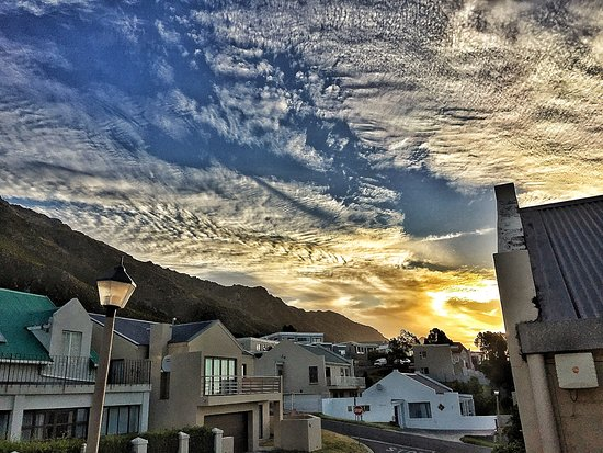 Gordon's Bay, South Africa: Sunset in Gordons Bay