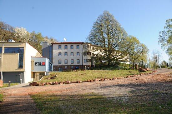Annweiler am Trifels, Germany: Das Turnerjugendheim Annweiler, die Freizeit- und Bildungsstätte des Pfälzer Turnerbundes