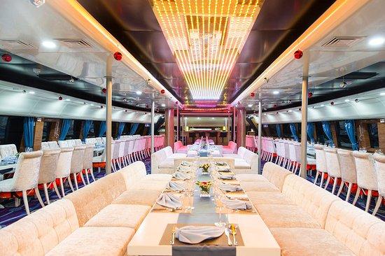 Harems 2 Cruise