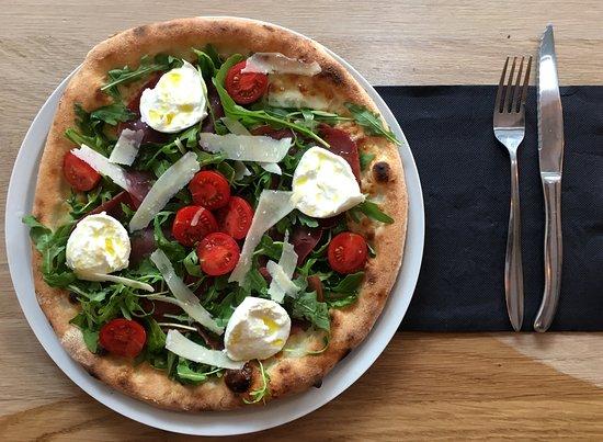 CIBO Pizzeria: CIBO Pizza !