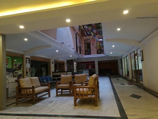 Gaju Suite Hotel: IMG_20161202_091741_large.jpg