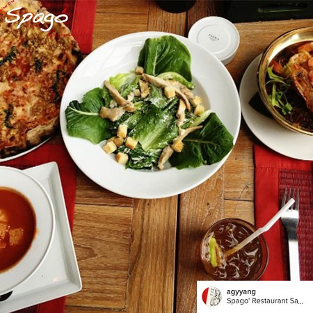 Spago' : salad, pizza and soup