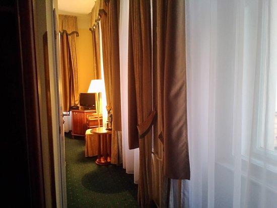 Hotel William: room 205